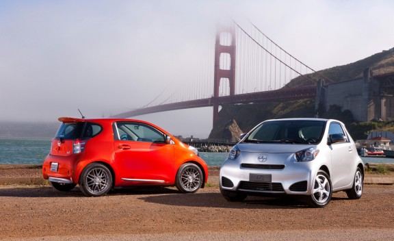 2012_scion_iq_106_2_cd_gallery