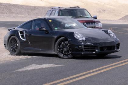 Porsche911turbo_frontthreequarters